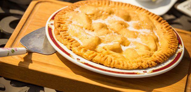 Farmhouse Apple Pie