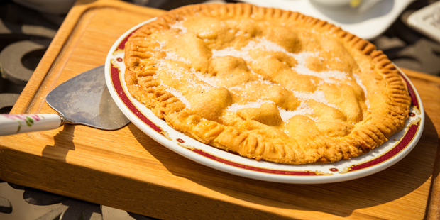 Farmhouse Apple Pie Recipe