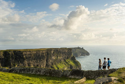 Book your stay in a Irish Farmhouse B&B near to the Cliffs of Moher, Co Clare