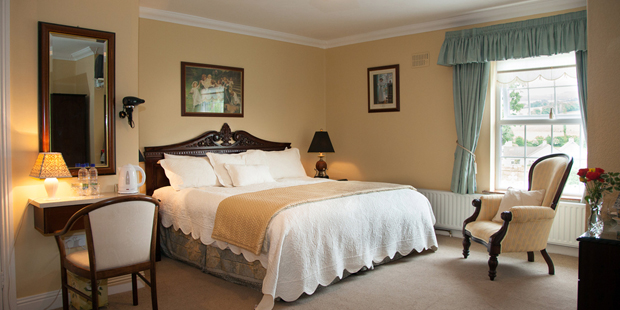 Double ensuite bedroom – room contains one double bed with ensuite facilities, suitable for two occupants.